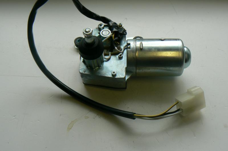Ablaktörlő motor hátsó